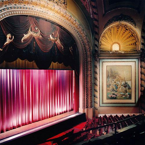 Дворец-Кино,-Лос-Анджелес