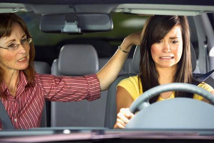 women-driver